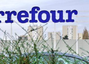 Carrefour veut recruter 15.000 jeunes en 2021